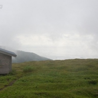 20070809-shelter_clouds-3.jpg