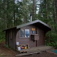 20070830-brents_beach_cabin-3.jpg