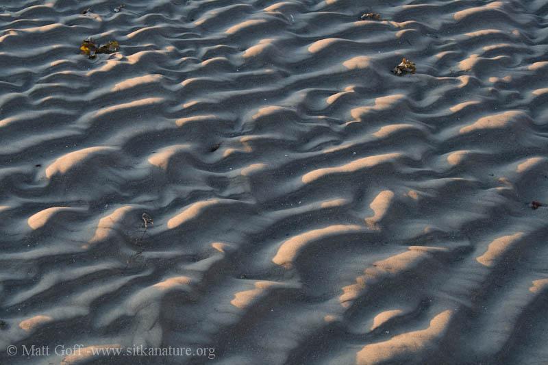 Wave-shaped Sand