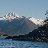 Verstoiva Peak