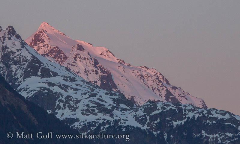 Alpenglow on Peak 4900